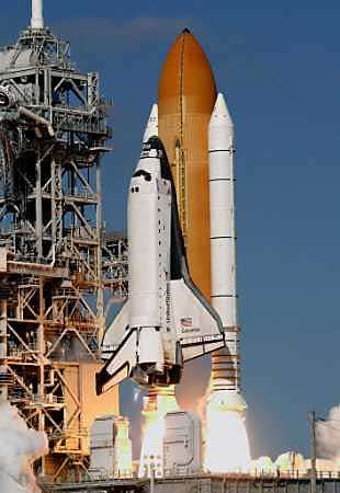 The space shuttle Columbia, 01/16/2003